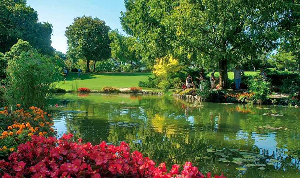 """""""Finchè ci sarà un giardino, niente ci mancherà"""": riaperti giardini e orti botanici"""